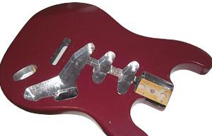 Gitarrenbody mit Abschirmfolie