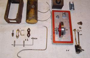 Zerlegte Fleischmann-Damfmaschine