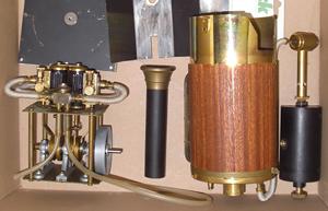 Krick Victoria 2-Zylinder Dampfmaschine im Karton